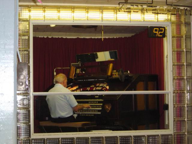 Recording the Mighty WurliTzer